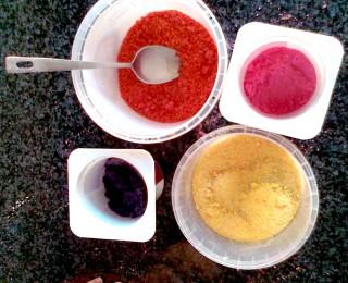 Edible Art – Dyed Salt Project
