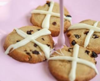 Hot cross biscuit recipe